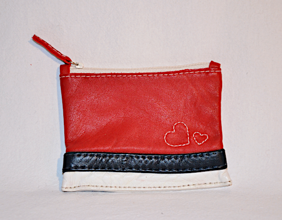 Heartcraft small upcycled leather pouch SP0002 front