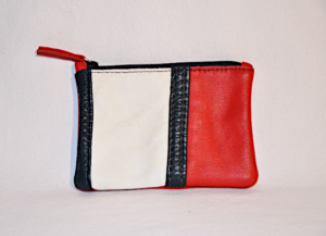 Heartcraft small upcycled leather pouch SP0003 front