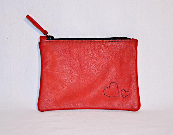 Heartcraft small upcycled leather pouch SP0004 out