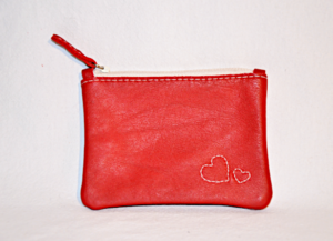 Heartcraft small upcycled leather pouch SP0007 out