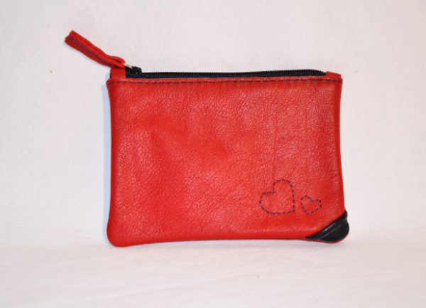 Heartcraft small upcycled leather pouch SP0008 front