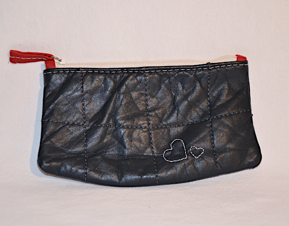 Heartcraft small upcycled leather pouch SP0010 front