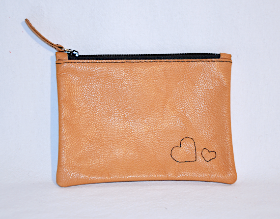 Heartcraft small upcycled leather pouch SP0012 front