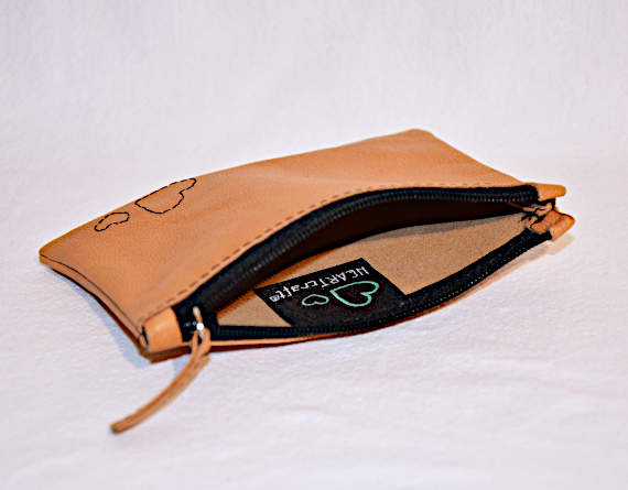 Heartcraft small upcycled leather pouch SP0012 in