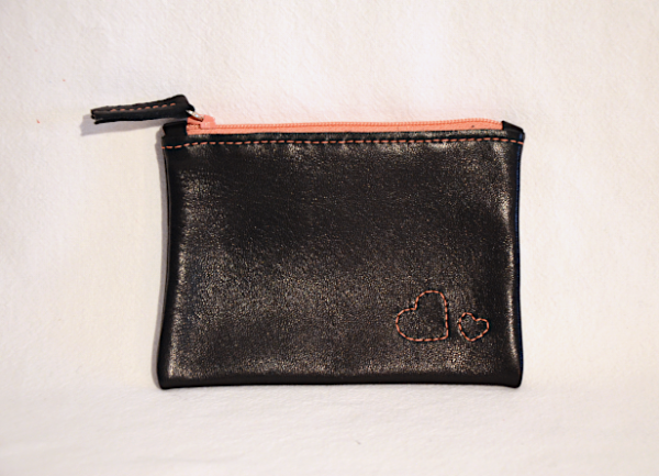 Heartcraft small upcycled leather pouch SP0014 front