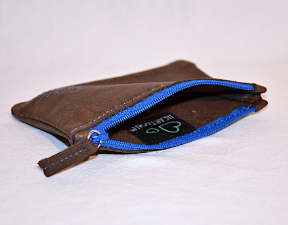 Heartcraft small upcycled leather pouch SP0015 in