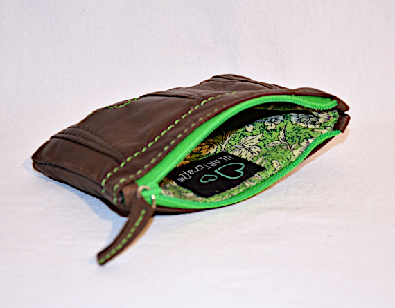 Heartcraft small upcycled leather pouch SP0019 in