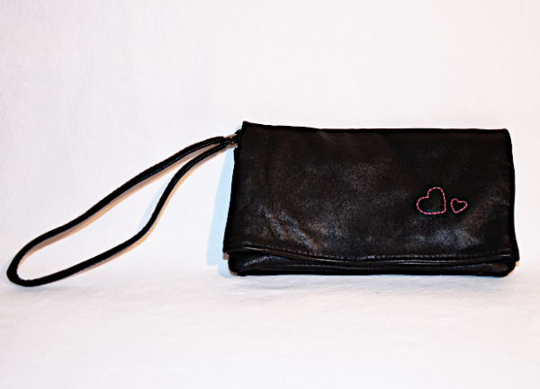 Heartcraft upcycled leather clutch C0001 out