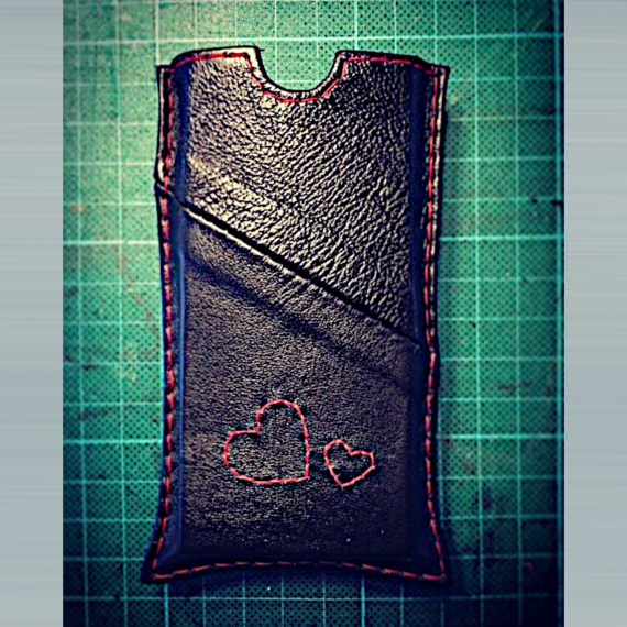 Heartcraft upcycled leather custom projects CP0003 phone cover
