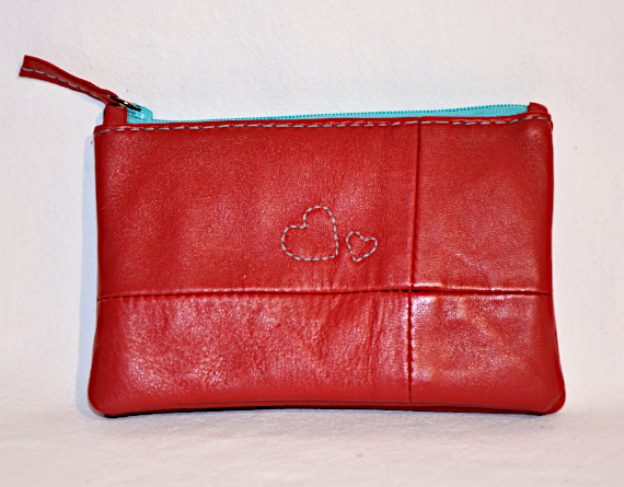 Heartcraft upcycled leather wallet W0003 out