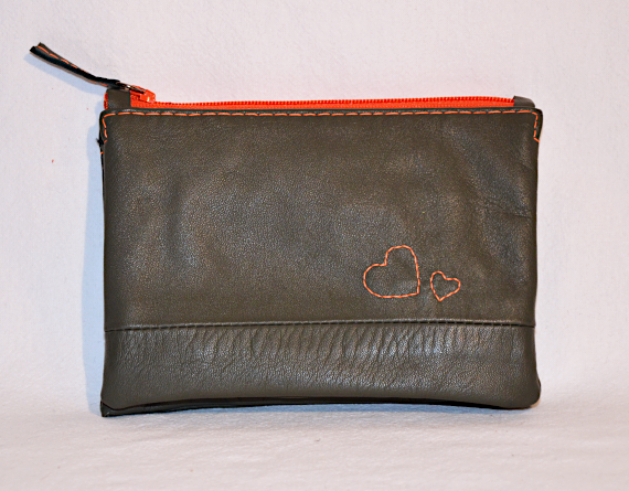 Heartcraft upcycled leather wallet W0005 out