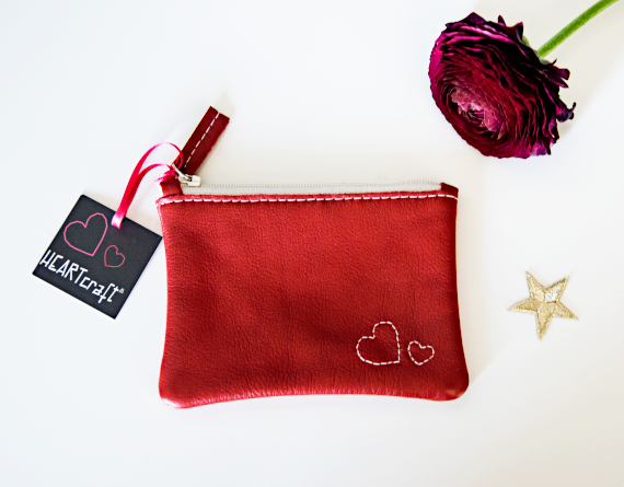 Heartcraft_small_upcycled_leather_pouch_SP0007_image